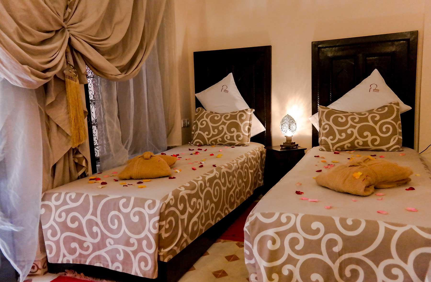 Chambre lits jumeaux berb re marraplace riad h tel - Prix chambre hotel mamounia marrakech ...